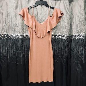 LOVE CULTURE Off the shoulders dress